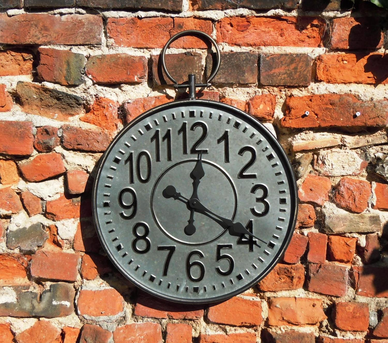 Metal pocket watch wall clock