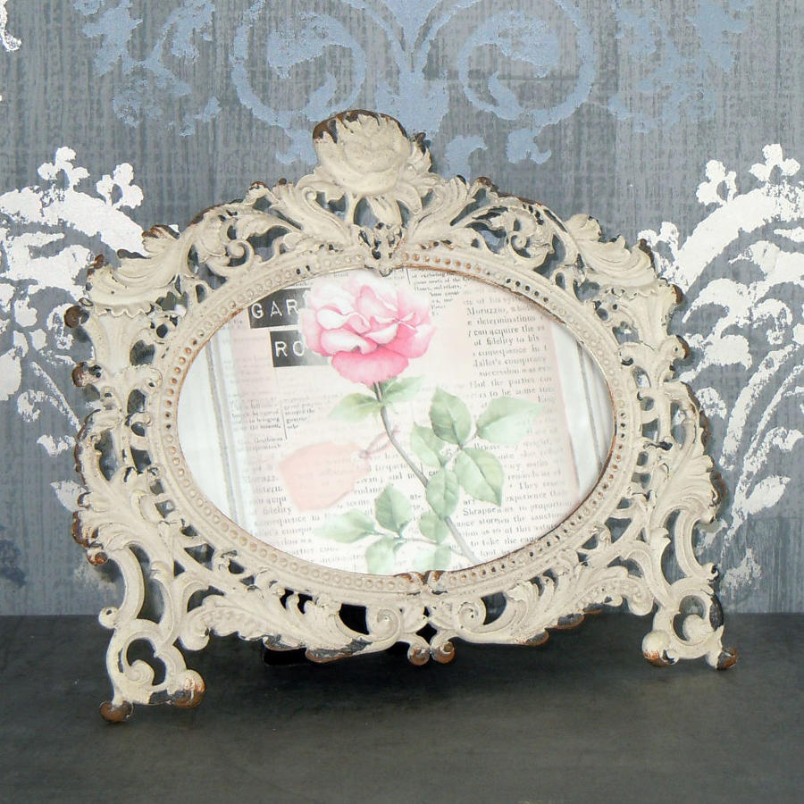 Baroque metal photo frame