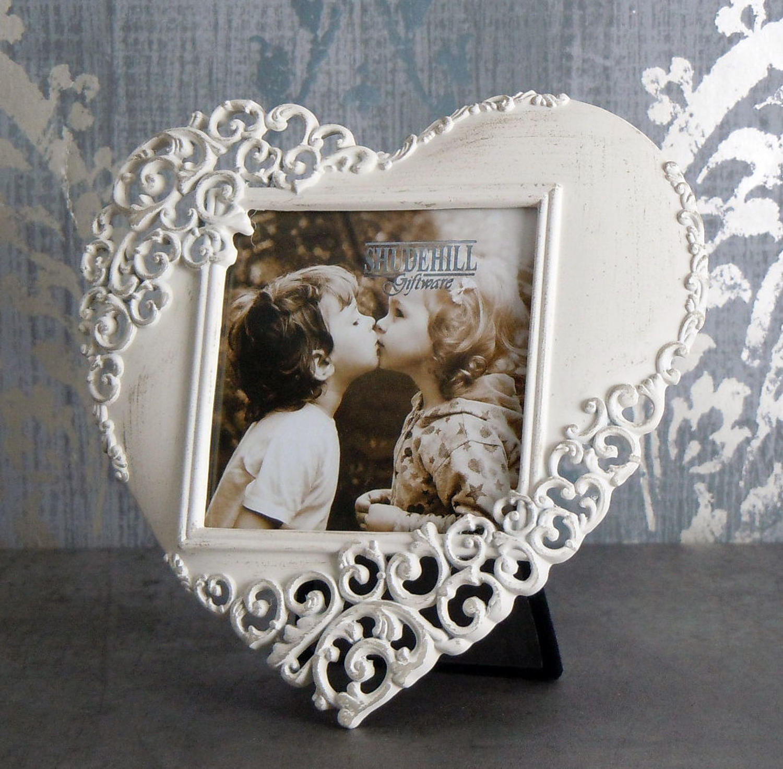 Cream lace metal heart photo frame