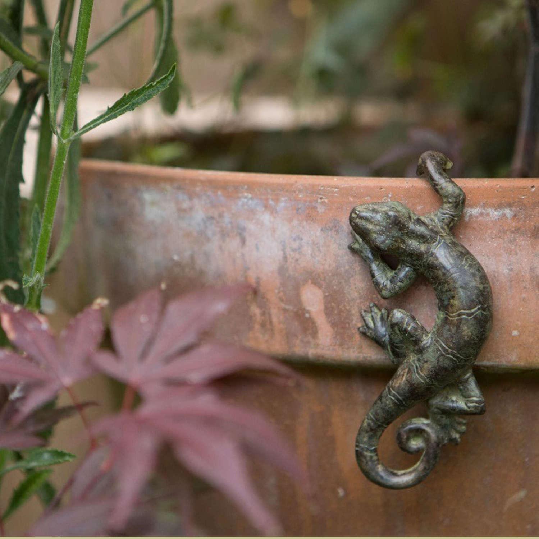 Gecko pot hanger