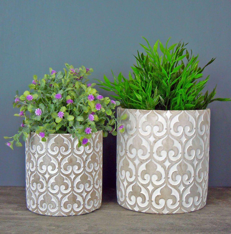 Fleur De Lys planter pots