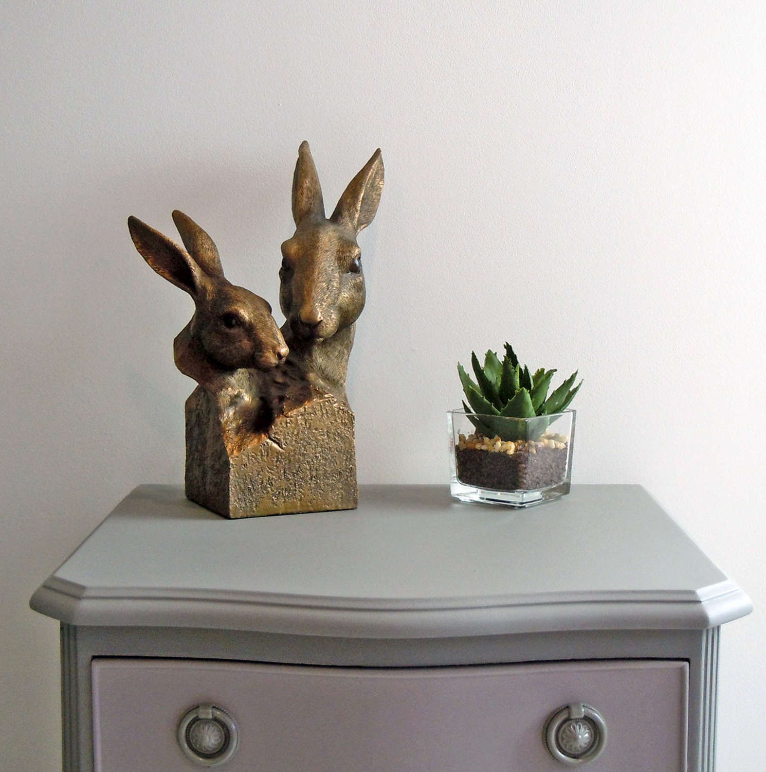 Hare bust sculpture in a bronze effect finish