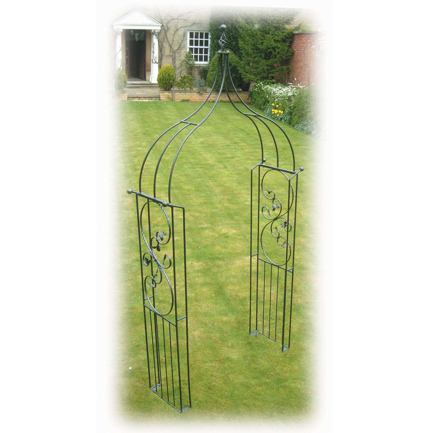 Poppyforge Imperial Ogee garden Arch manufactured in the UK