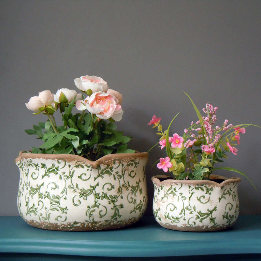 Round floral green scallop crackle glazed ceramic planters