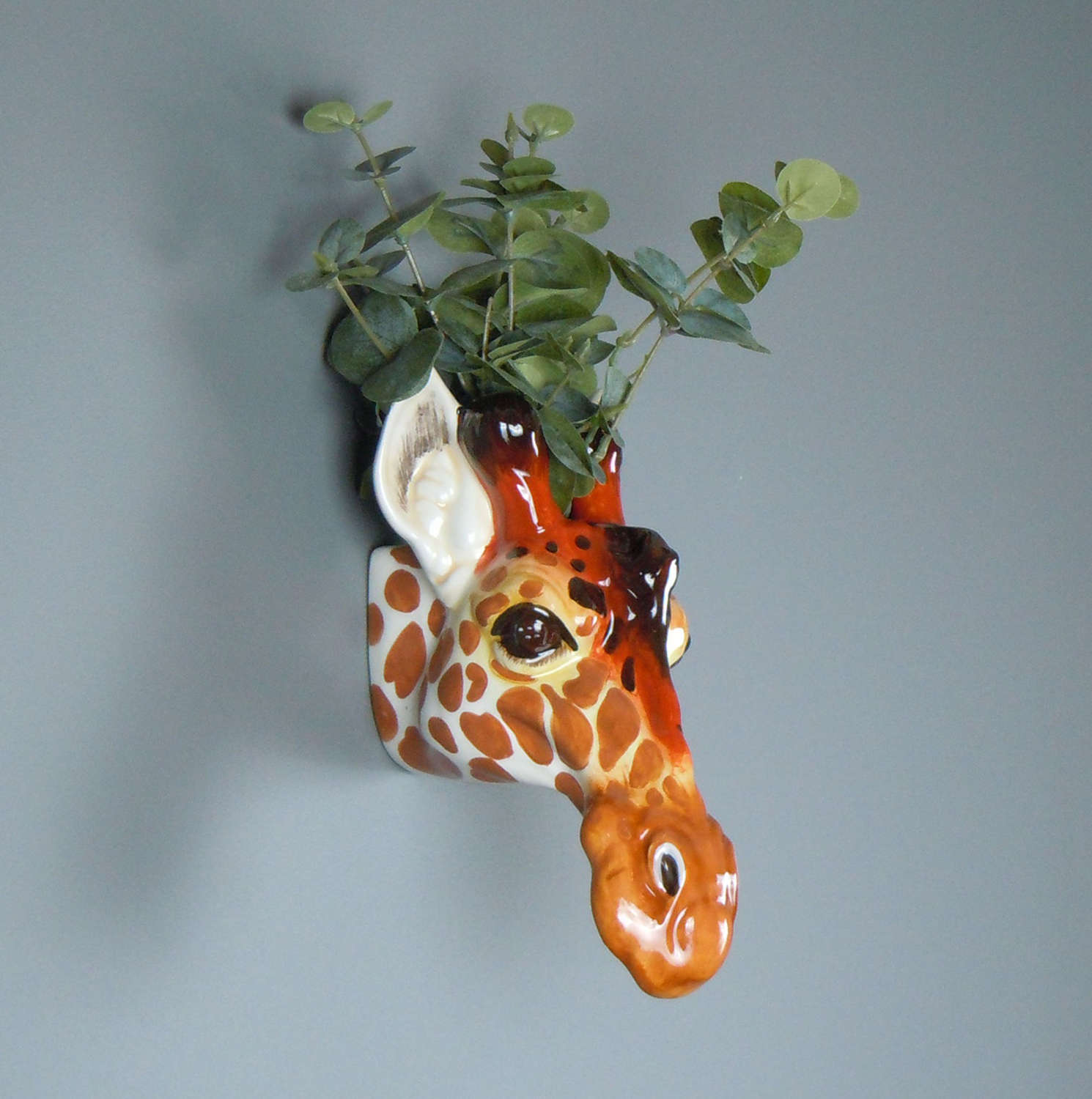 Ceramic Giraffe head wall planter