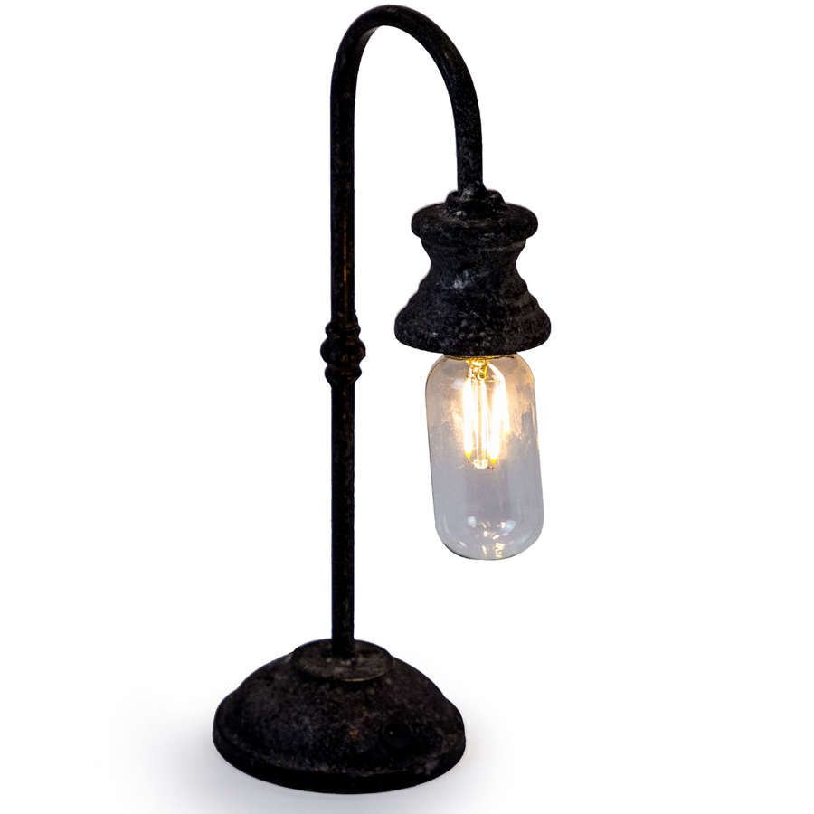 Antique style iron LED rechargable USB lamp