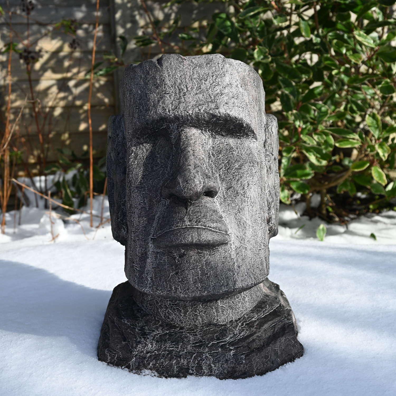 Stone effect Easter Island Head