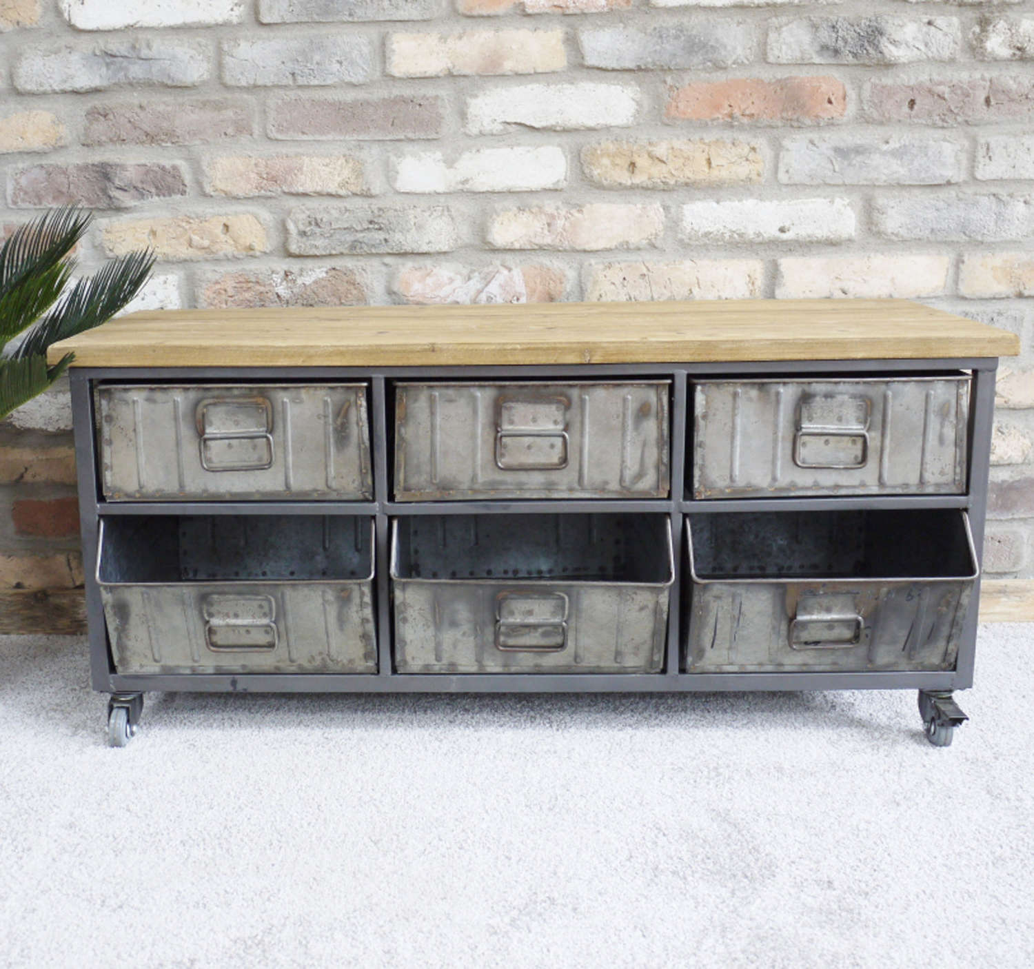 Industrial cabinet on wheels with metal drawers