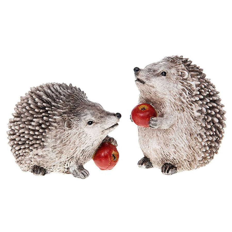 Hedgehog with apple ornaments