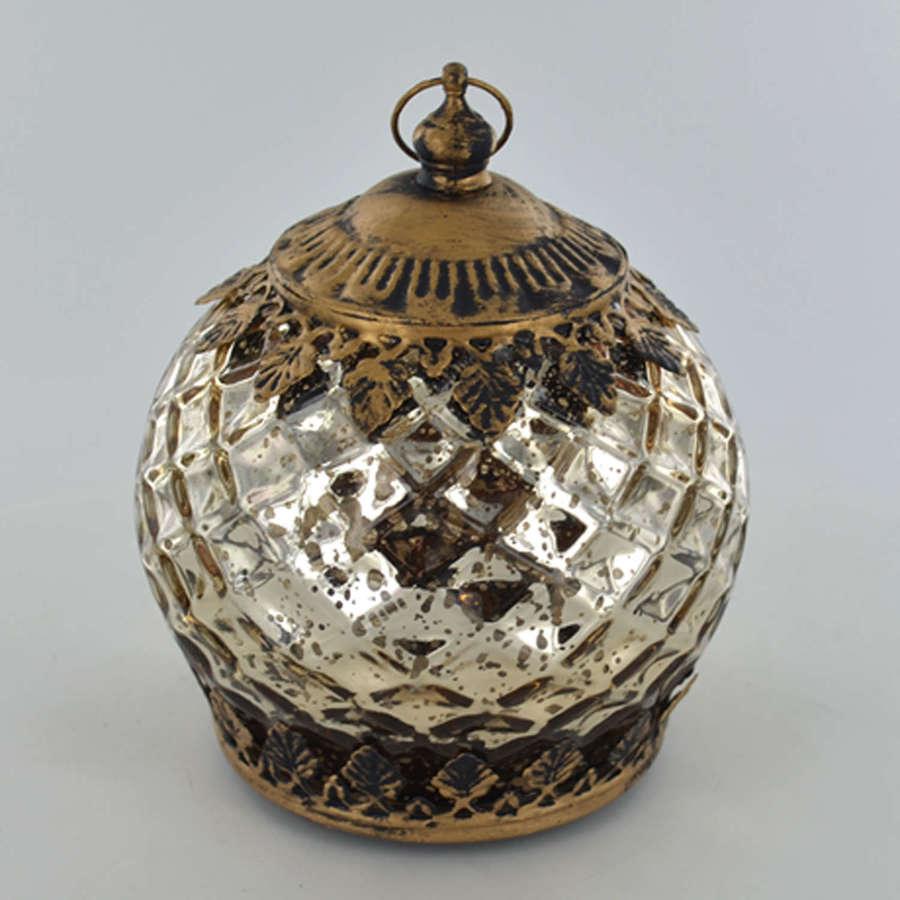 Gold LED pattern lantern